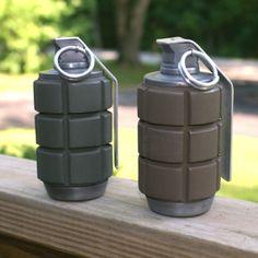 Color test of the frag grenades Warhammer Frag Grenade Marine Costume, 40k Imperial Guard, Color Test, Cool Masks, Warhammer Fantasy, Warhammer 40000, Space Marine, Blacksmithing, Crate And Barrel