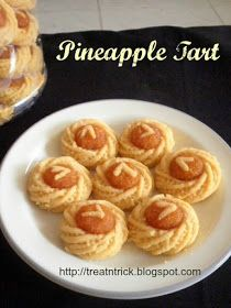 This melt in the mouth Pineapple Tart is a must during festive season in most South East Asian homes. Cookie Desserts, Cookie Recipes, Dessert Recipes, Breakfast Recipes, Tart Recipes, Baking Recipes, Pineapple Tart, Pineapple Cookies, Pecan Nuts