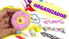 Ideas para organizar,manualidades faciles,organizador para cables(audifo... Vanity Room, Ideas Para Organizar, Duck Tape, White Out Tape, Washer Necklace, Organizers, Easy Crafts, Blue Prints, Headpieces