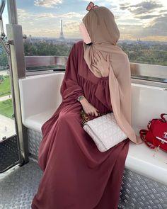 Muslim Fashion, Hijab Fashion, Stylish Kurtis, Hijabi Girl, Wall Units, Mode Hijab, Clothing, Inspiration, Outfits