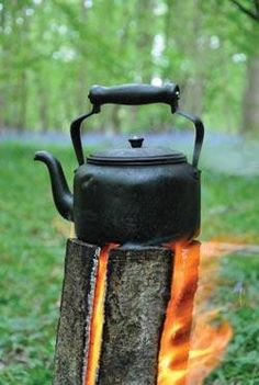 Benefits of The Swedish Fire Torch  Self Feeding (burns for several hours without attention) Uses minimal amount of fuel Has a flat surface for cooking on Can be used easily in snow Takes up a small area  http://www.smartbushcraft.com/how-to-make-a-swedish-fire-torch/
