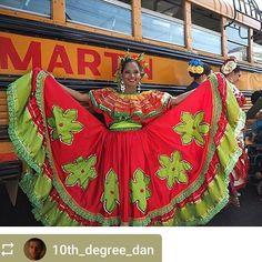 #Follow @10th_degree_dan: Parade Festival Internacional de Poesía #Granada #Nicaragua #ILoveGranada #AmoGranada #Travel #GranadaNicaragua #CentralAmerica