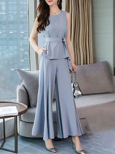 ideas for style classy elegant belts Stylish Work Outfits, Outfits Casual, Classy Outfits, Cool Outfits, Hijab Fashion, Fashion Dresses, Fasion, Fashion Boots, Looks Chic