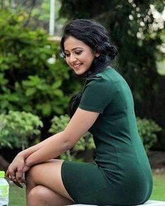 Bollywood Actress Hot Photos, Indian Bollywood Actress, Indian Actress Hot Pics, Bollywood Girls, Beautiful Bollywood Actress, South Indian Actress, Beautiful Actresses, Bollywood Saree, Bollywood Fashion