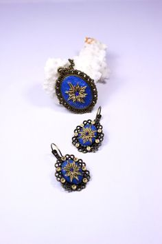Gold Star Earrings and Pendant. Filigree Bright by Fionsstudio