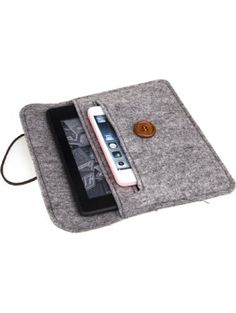 Bear Motion for Kindle - Premium Felt Sleeve Case for Kindle Paperwhite and Kindle Voyage ❤ Bear Motion