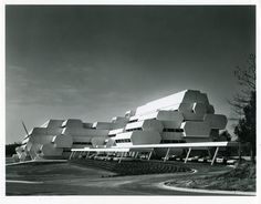 Burroughs Wellcome by Paul Rudolph, 1969-1972