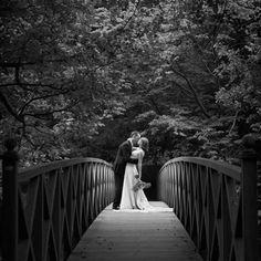 Chiddingstone Castle Weddings - Photo Laura Dodsworth - www.lauradodsworth.co.uk