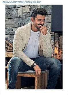 Hrithik Roshan, Men Sweater, Hipster, Sweaters, Style, Fashion, Swag, Moda, Hipsters