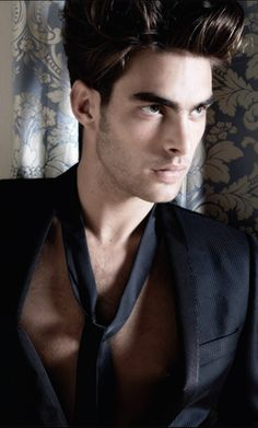Jon Kortajarena - hot Spaniard!