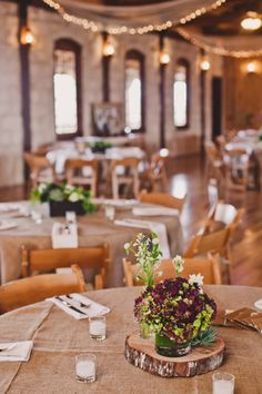love this rustic wedding.
