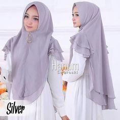 Instant Hijab, Moslem Fashion, Crepe Skirts, Hijab Tutorial, Beautiful Hijab, Pashmina Scarf, Hijab Outfit, Muslim Women, Hijab Fashion