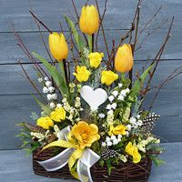 Easter Flower Arrangements, Easter Flowers, Diy Flowers, Spring Flowers, Floral Arrangements, Spring Home Decor, Spring Crafts, Holiday Crafts, Easter Pillows