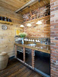 Nem bonyolították túl ezt a konyhát, mégis milyen mutatós! Primitive Kitchen, Rustic Kitchen, Country Kitchen, Diy Kitchen, Kitchen Decor, Home Decor Furniture, Kitchen Furniture, Casa Hipster, Küchen Design