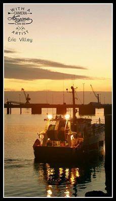 this morning....sea sun... by Artiste photographe -ERIC VILLEY-et-Carine