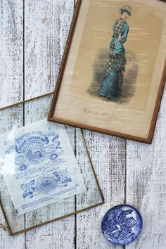 #blueandwhitedecor #vintagepictures #brocante #walldecor