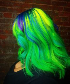 WEBSTA @ hairbyjessysilva - 🐸🐸 this green doh 🐸🐸 @arcticfoxhaircolor @brazilianbondbuilder. #modernsalon #brazilianbondbuilder #lollypoplocks #behindthehair #colortrak #neonhair#greenhair#fckinghair #hotonbeauty #yellowhair#purplehair#bluehair#rainbowhair#mermadians #mermaidhair #blacklight #beauty#cosmoprofbeauty #hairofinstagram #hairoftheweek #hairoftheday#followforfollow#zombie#gothichair#dyedhair#haircolors#hairporn#hairsalon#hairstylist#unicornhair