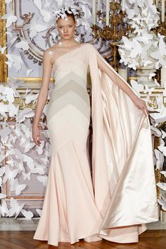 Alexis Mabille Spring 2014 Couture Fashion Show 6d2bec3b32f