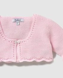This Pin was discovered by Gal Crochet Baby Jacket, Knitted Baby Cardigan, Crochet Baby Hats, Baby Sweater Patterns, Baby Knitting Patterns, Baby Sweaters, Girls Sweaters, Baby Outfits, Baby Pullover Muster