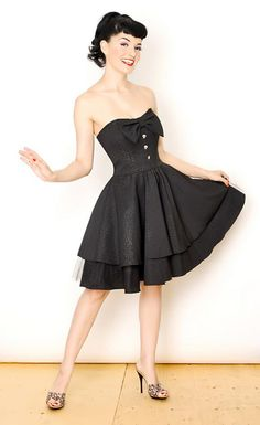 Rock Steady Clothing - Strapless Rockabilly / Gothabilly Party Dress with Flirty Bow