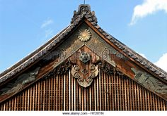 """""""old tile japanese roof""""的图片搜索结果 Japanese Gate, Wood Carving, Tile, Culture, Architecture, Garden, Image, Arquitetura, Wood Sculpture"""