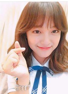 Kim Sejeong, Kim Jung, Drama Korea, Korean Drama, Role Player, Jung Hyun, School 2017, Pop Group, Korean Singer