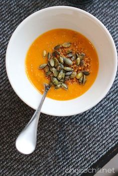 Sweet Potato & Quinoa Soup // chocochili.net