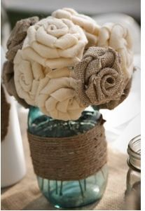 i like this too…and the link shows you how to make burlap flowers…