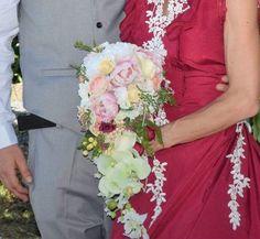 Lace Wedding, Wedding Dresses, Bouquets, Unique, Beautiful, Design, Fashion, Bride Gowns, Wedding Gowns