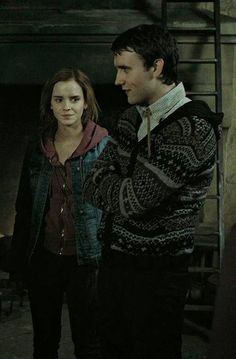 Hermione and Neville Harry Potter Movie Trivia, Harry Potter Wizard, Harry Potter Cosplay, Harry Potter Cast, Harry Potter Universal, Harry Potter Characters, Harry Potter World, Hp Movies, Must Be A Weasley