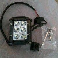 lampu tembak led 6 titik -18 watt ,warna putih -bisa utk semua mobil -waterprof -harga satuan,tomato wtc,082210151782