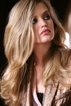 cool blond and honey.. great blonde color