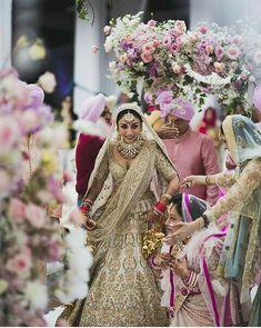 Looking for Sabyasachi lehenga on Amrita puri with floral motifs? Browse of latest bridal photos, lehenga & jewelry designs, decor ideas, etc. on WedMeGood Gallery. Indian Wedding Outfits, Wedding Attire, Indian Outfits, Indian Weddings, Indian Clothes, Wedding Wear, Bridal Outfits, Indian Dresses, Wedding Photoshoot
