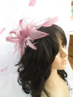 DEEP DUSK PINK SINAMAY & FEATHER FASCINATOR.WEDDING,RACES..on a comb