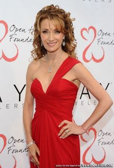 Actress Jane Seymour Hosted VIP-Studded Event to Honor Individuals Living with an Open Heart on April 21, 2012