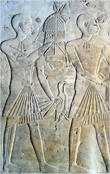 Slaves offering in ancient Egypt. Slave life: Many slaves who worked for temple estates lived under terrible conditions, but on average the Ancient Egyptian slave led a life similar of that of a serf. They were capable of negotiation transactions and owning personal property. Chattel and debt slaves were given food and probably not given wages