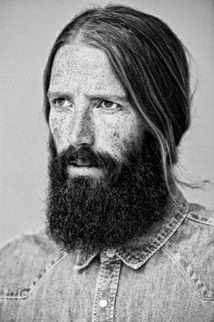 <3 Love that beard. The rough texture, smooth hair, freckles.