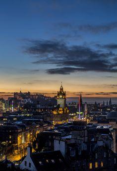 Blue Hour in Edinburgh | seen from the Calton Hill | Best of Scotland photos