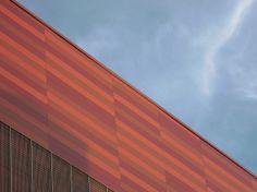 Värit: Punainen   Colours: red #arkkitehtuuri #architecture