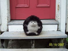 knitted/felted hedgehog! So fun!