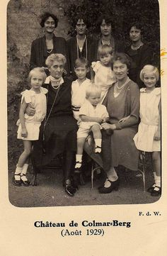Dowager Grand Duchess Maria Anne with five of her daughters and some of her grand children