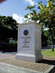 University of Hawaii-Manoa Entrance :)) acceptance & scholarship to Medical Anthropology PhD program University Of Manoa, University Of Miami Campus, University Of Miami Hurricanes, Carolina University, State University, College Aesthetic, Moving To Hawaii, Aloha Hawaii, Hawaii Life