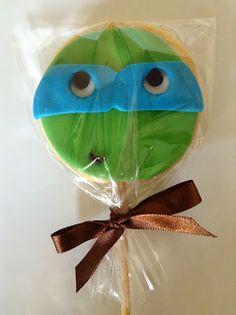 biscoito decorado no palito 5,00