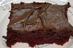 Here is a great recipe if you want to sneak some beets into your diet. Making Organic Chocolate Beet Cake is not as simple as some of the recipes on Reformed Health — but it is so worth it. Chocolate Beet Cake, Easy Chocolate Pie, Organic Chocolate, Healthy Chocolate, Delicious Chocolate, Best Dessert Recipes, Fun Desserts, Cake Recipes, Bolo Diet