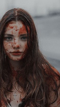 Red Aesthetic, Aesthetic Pictures, Aesthetic Grunge, Story Inspiration, Character Inspiration, Drawing People Faces, Horror Photos, Female Reference, Creatures Of The Night