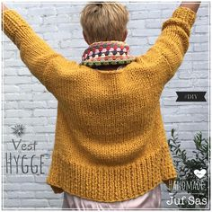 Vest Hygge handmade by juf Sas met gratis patroon Vest Hygge handmade by juf Sa. Vest Hygge handmade by juf Sas met gratis patroon Vest Hygge handmade by juf Sas met gratis patroo Fair Isle Knitting, Easy Knitting, Knitting Stitches, Knitting Patterns, Crochet Hat For Women, Crochet Top, Crochet Hats, Crochet Bag Tutorials, Loom Knitting Projects