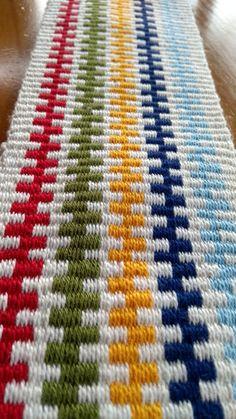 Inkle Weaving Patterns, Peyote Patterns, Loom Weaving, Knitting Patterns, Weaving Projects, Knitting Projects, Inkle Loom, Rug Texture, Tablet Weaving