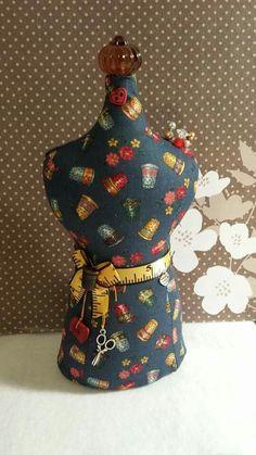 Maniquie Concept Sewing Alfiletero/Decirativo Sale: $18