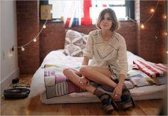 Alexa Chung& home: urban edgy apartment in Brooklyn, NYC