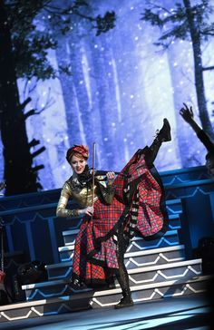 Lindsey Stirling Pictures - CMA 2015 Country Christmas - Show - Zimbio